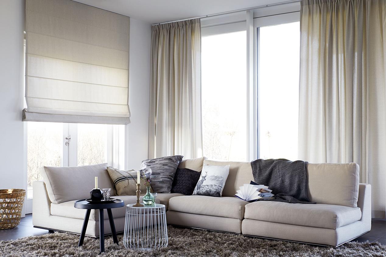 Optisch grotere woonkamer lange gordijnen